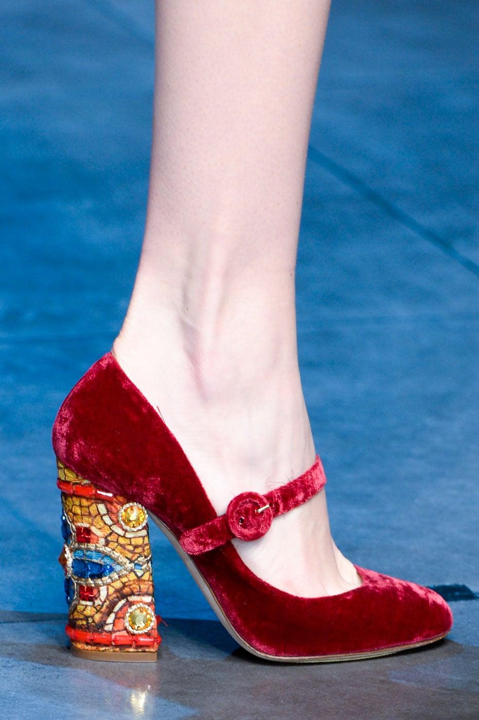 Dolce-Gabbana-Fall-2013.jpg