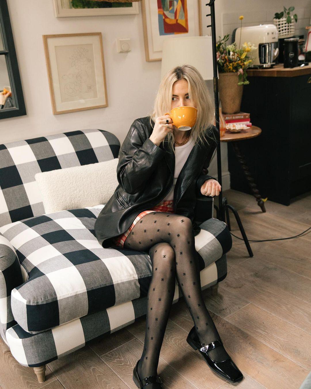 lucy-williams-prada-patent-leather-ballet-flats-instagram.jpg