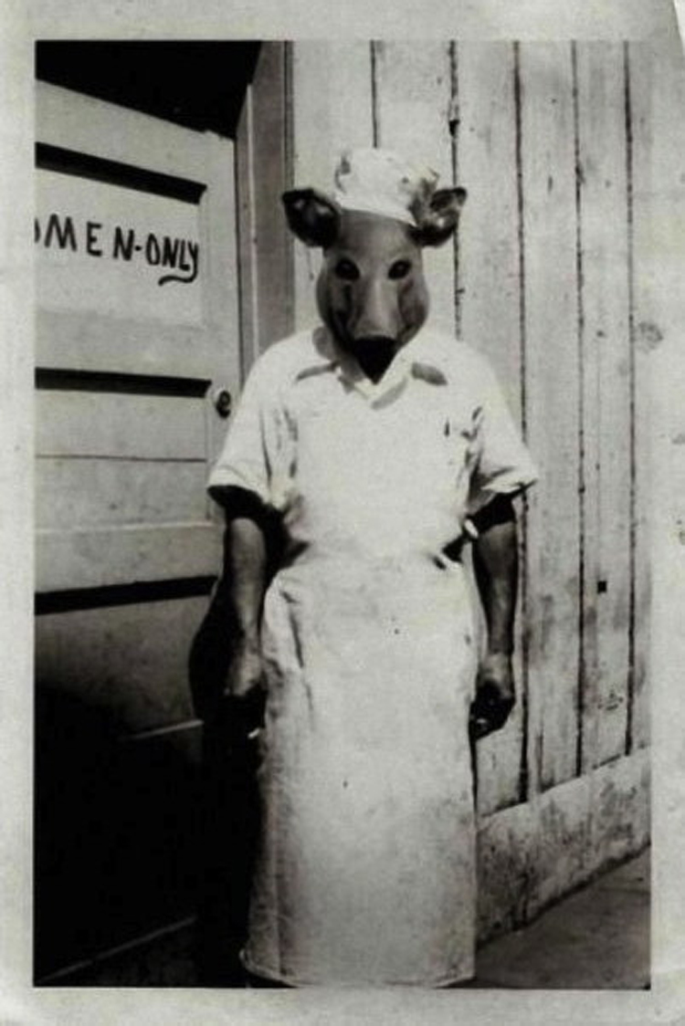 25-Deeply-Disturbing-Old-Timey-Halloween-Pictures-That-Will-Give-You-The-Jitters-2.jpg